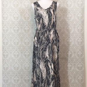 H&M Blk/Cream maxi dress w/palm leaf print